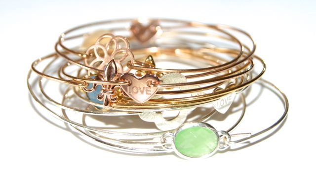 Bangle little heart